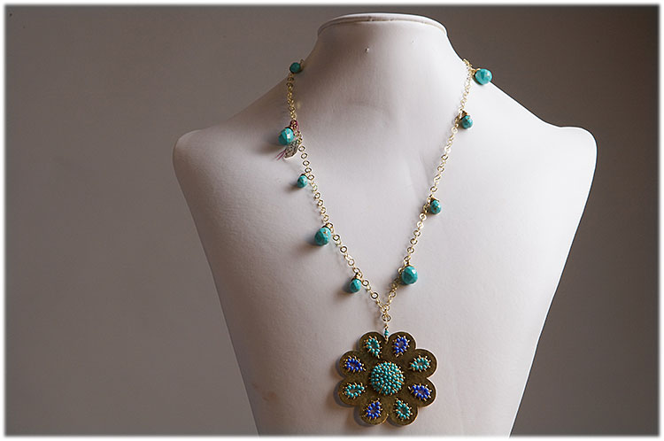 Turquoise flower pendant with turquoise drops